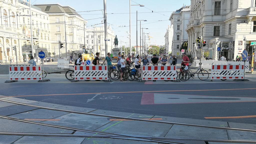 STC_rides_BicycleUrbanism_20180506_Ciclovia_05