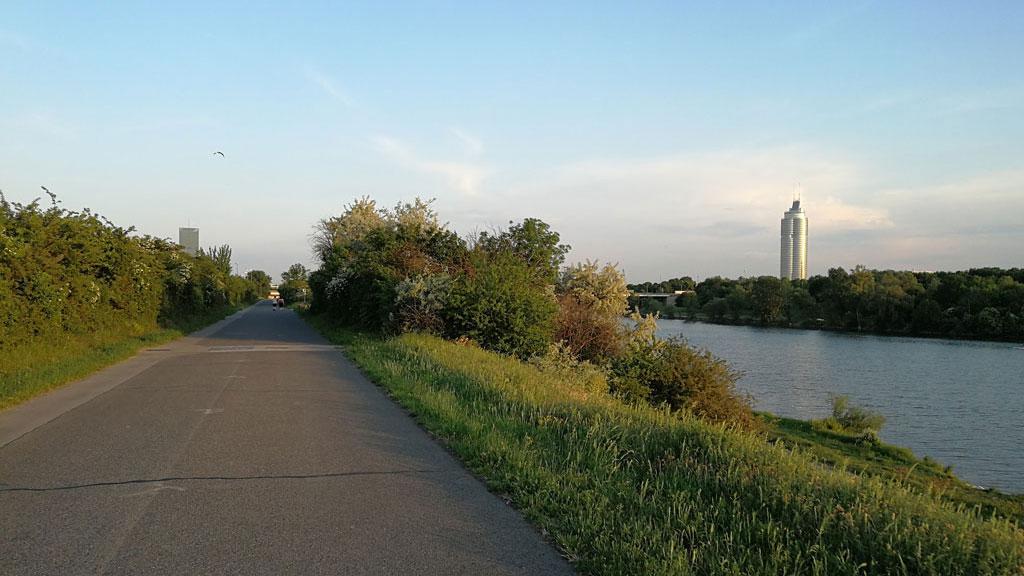 STC_rides_BicycleUrbanism_20180513_Decarbonizing_07