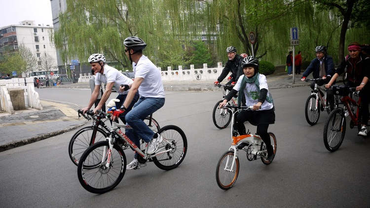 SmarterThanCar_rides_Beijing-Climate-Ride_2012_03