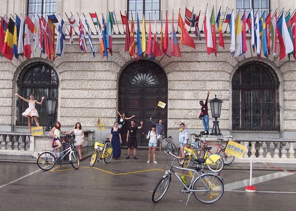 SmarterThanCar_rides_WorldTourInOneDay_2014_02
